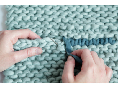 Швы в вязании: как избежать ошибок при сборке деталей изделия